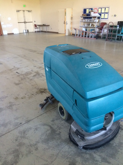 Used Tennant 5680, reconditioned 5680, floor scrubber drier, walk behind floor scrubber, concrete floor scrubber