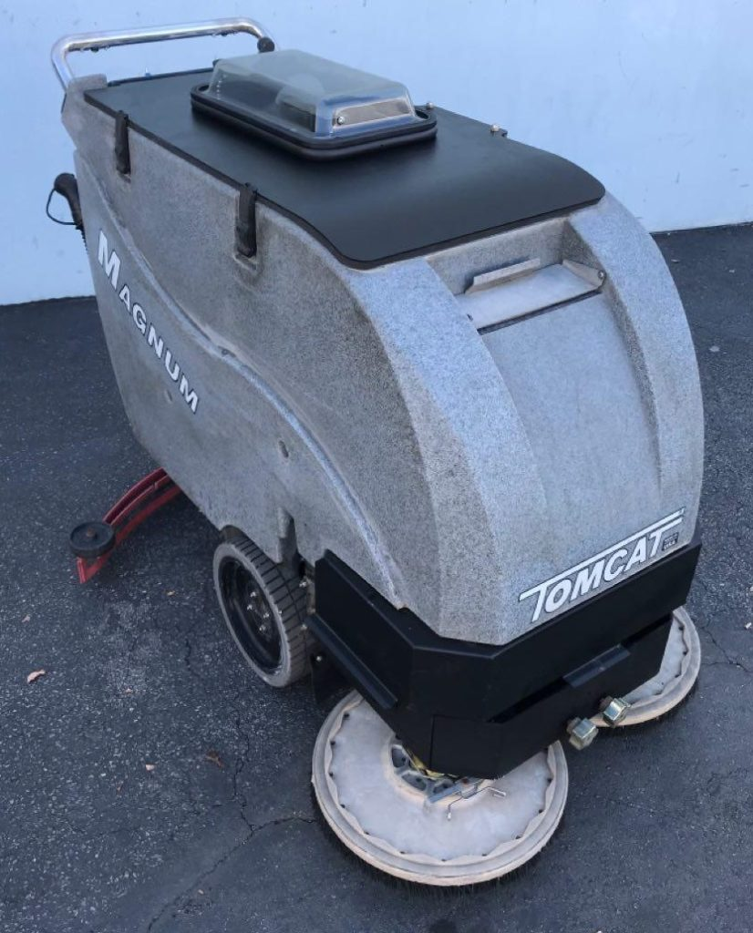 Tomcat Magnum tank tilt feature, tank in a tank, Automatic Floor Scrubber, Walk Behind Floor Scrubber Drier, refurbished floor scrubber